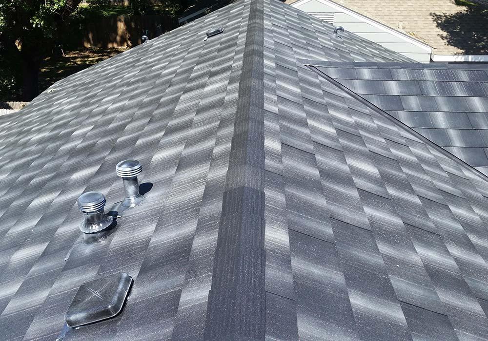 EDCO Roofing Infiniti Textured Shake Obsidian