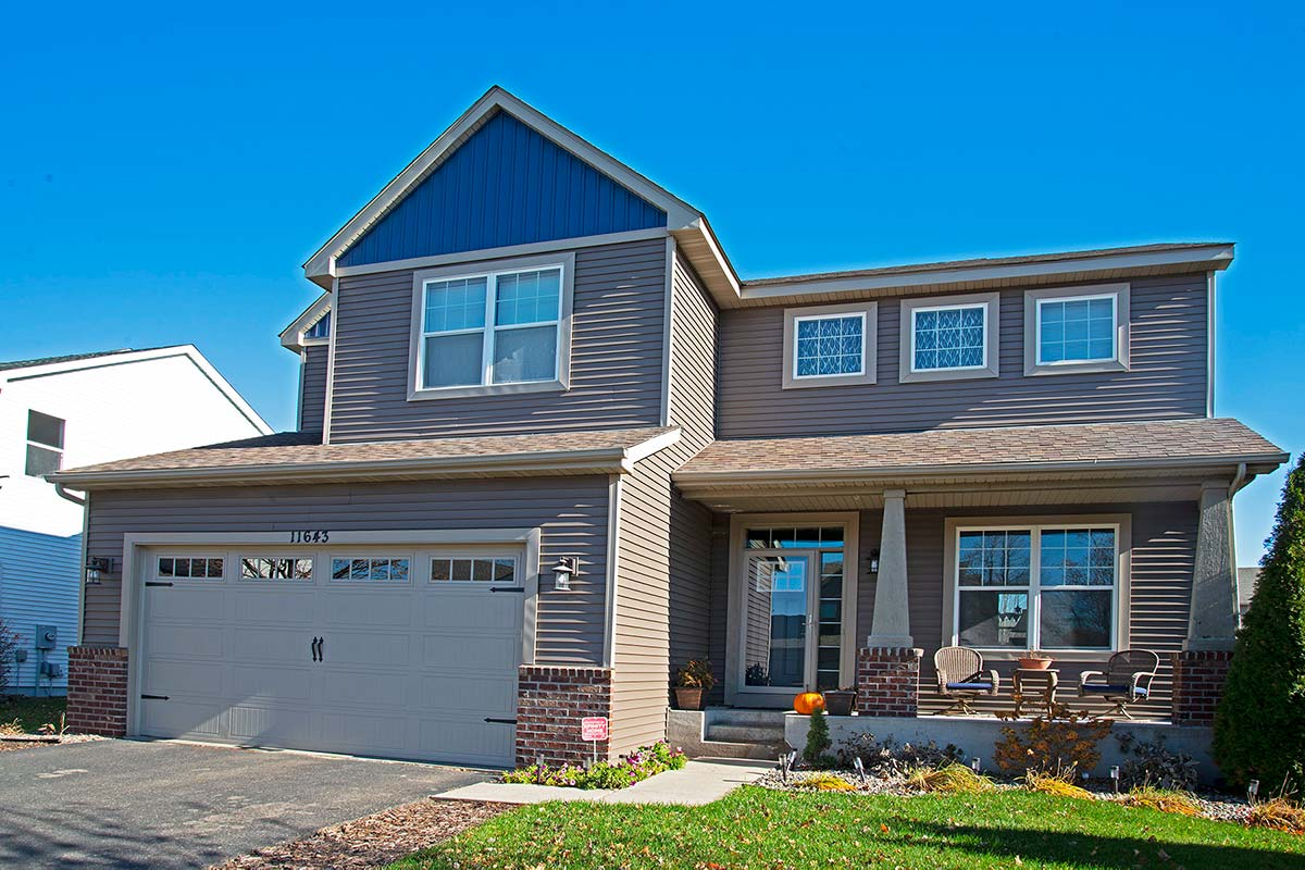 CertainTeed Siding Restoration Classic Sable Brown, Board and Batten Midnight Blue
