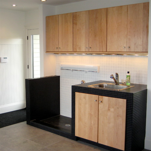 contemporary-laundry-room (1).jpg