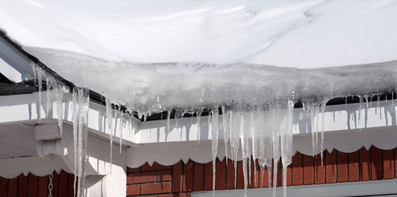 How to Prevent Roof Damage from Ice Dams this Winter